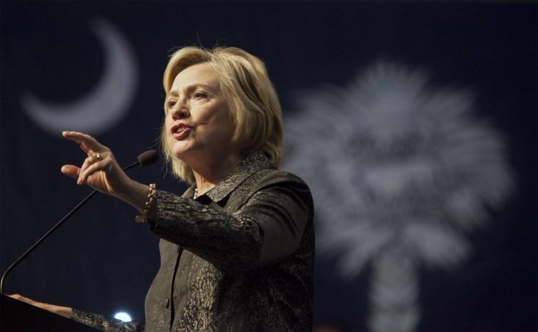 Image: U.S. Democratic presidential candidate Hillary Clinton speaks to members of The International Longshoremen's Association in Charleston