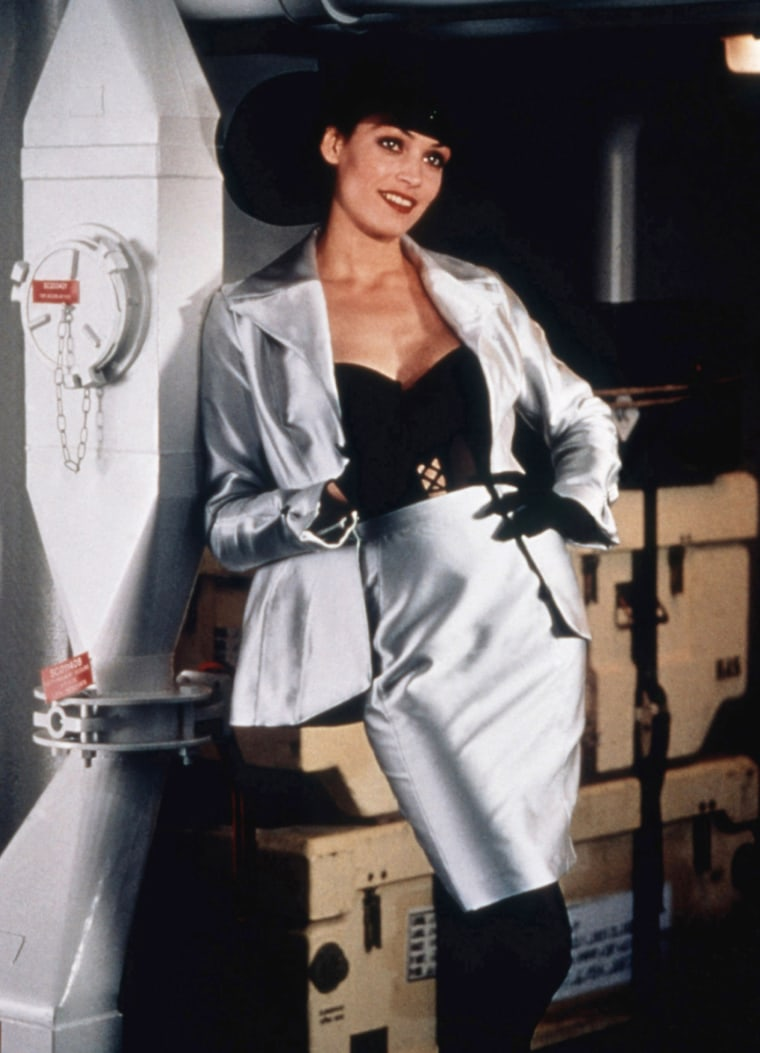 GOLDENEYE, Famke Janssen, 1995, (c) United Artists/courtesy Everett Collection