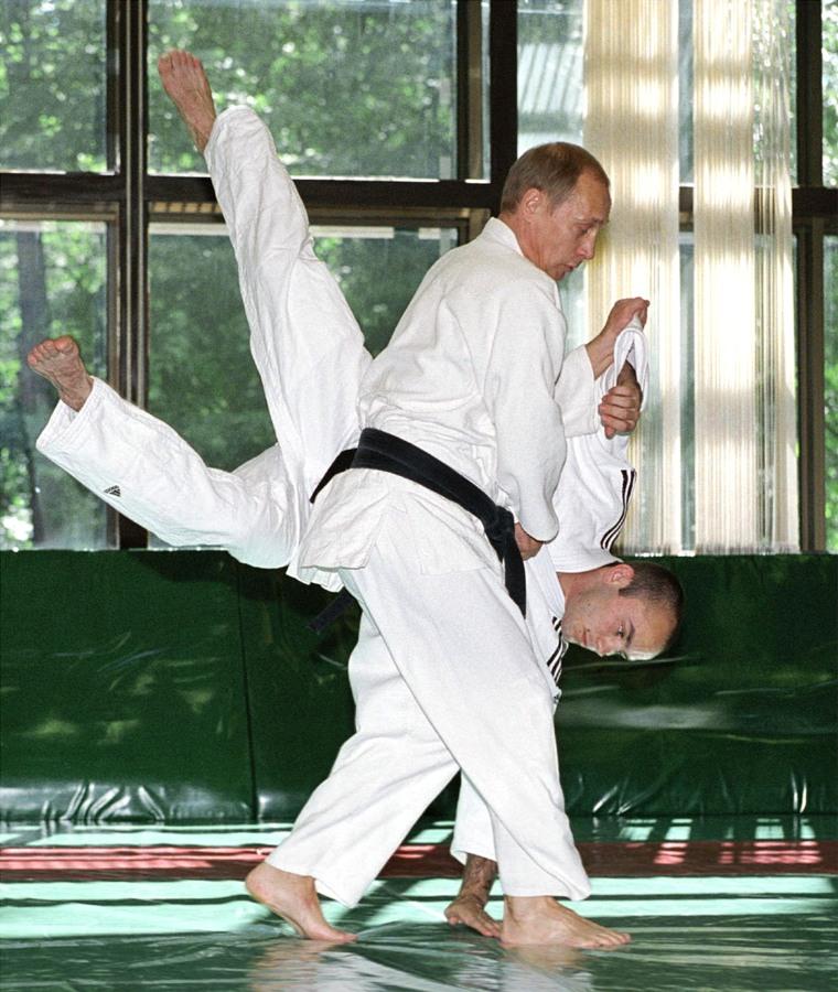 Image: Vladimir Putin in 2002