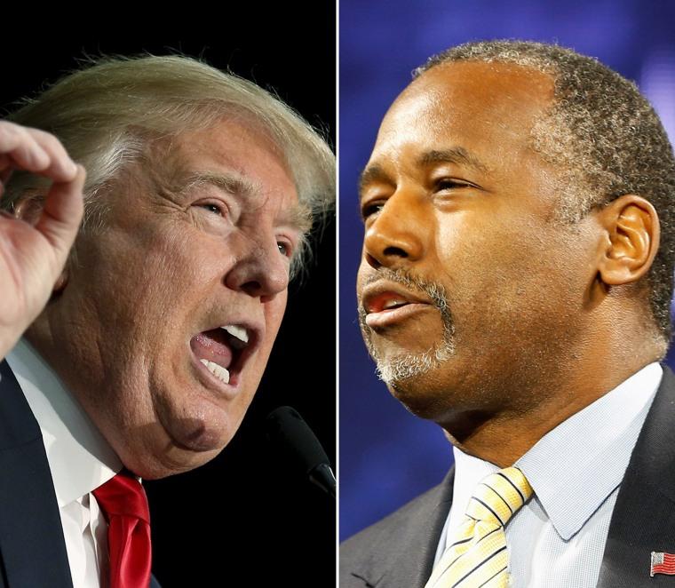 Image: Republican presidential candidates Donald Trump (L) and Ben Carson