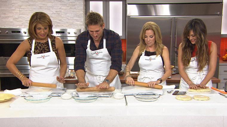 Curtis Stone and Lindsay Price make pie crust with Kathie Lee and Hoda