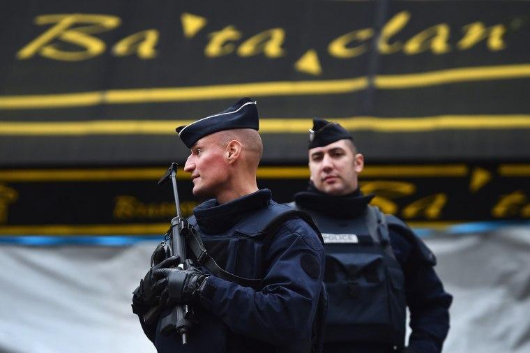 Image: Police outside the Bataclan venue