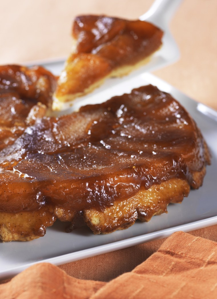 """Chef Ming Tsai says a """"warm apple dessert"""" is perfect for Thanksgiving."""
