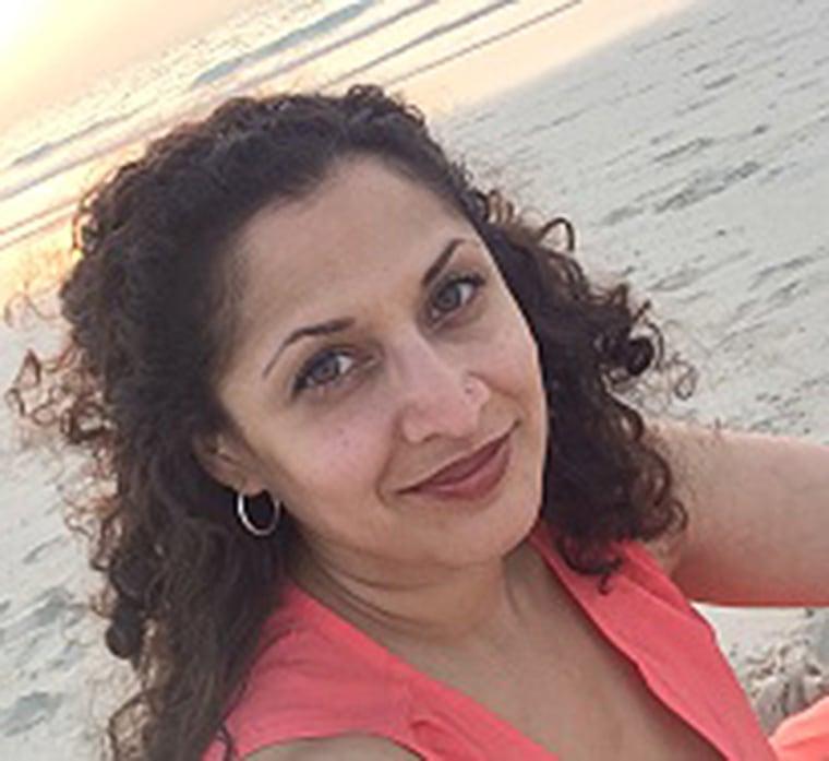 Anita Ashok Datar was a founding member for the nonprofit organization Tulalens.