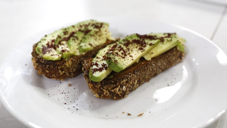 Tamron's Tuesday Trend: Nutrition expert Frances Largeman-Roth adds sumac to avocado toast
