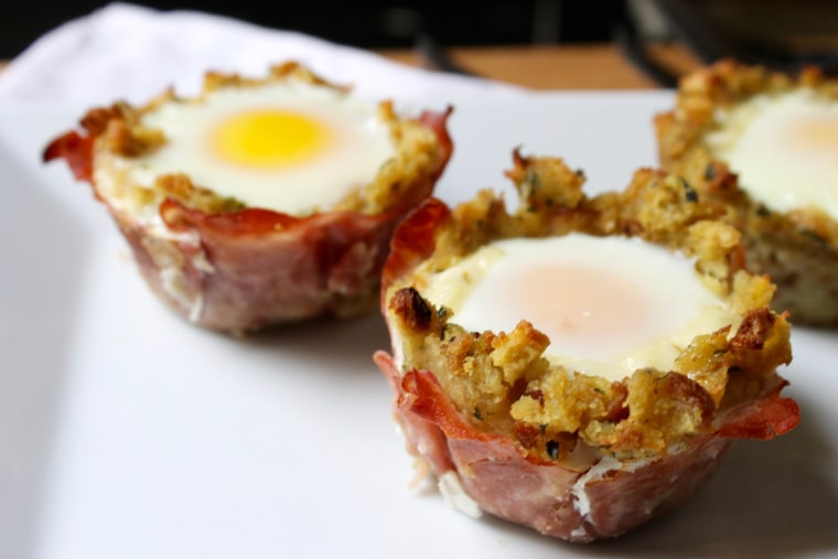 Cheesy Ham, Egg and Stuffing Breakfast Cups