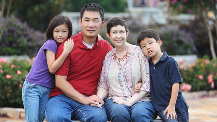Hyong Yi and his family