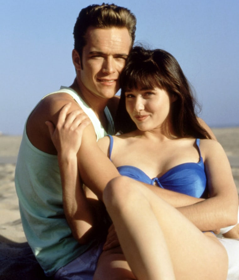 BEVERLY HILLS 90210, (from the left): Luke Perry, Shannen Doherty, 1990-2000. © Aaron Spelling Prod.