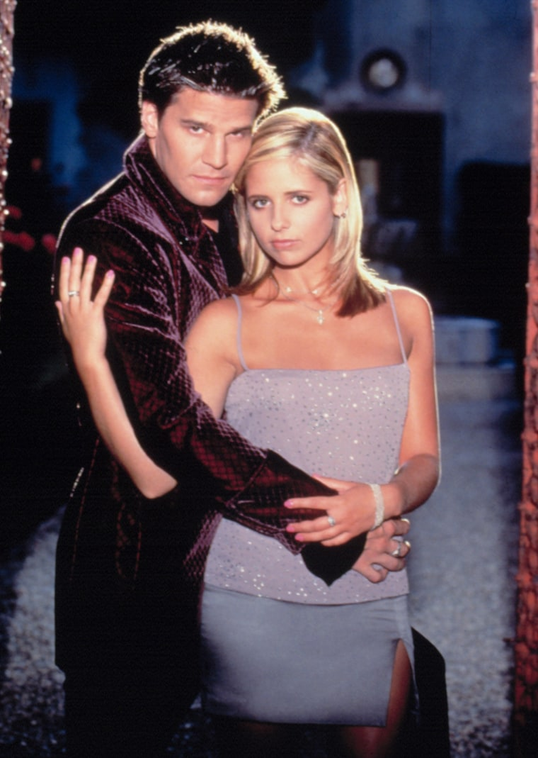 BUFFY THE VAMPIRE SLAYER, David Boreanaz, Sarah Michelle Gellar, 1997-2003, season 2, . TM and Copyr