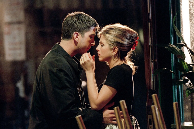 "FRIENDS -- NBC Series -- Season 2: ""The One Where Ross Finds Out"" -- Pictured: (l-r) David Schwimmer as Ross, Jennifer Aniston as Rachel -- Photo: Copyright 2004 Warner Bros. Television Production Inc."