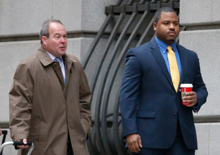 Image: William Porter and his attorney walk into a courthouse