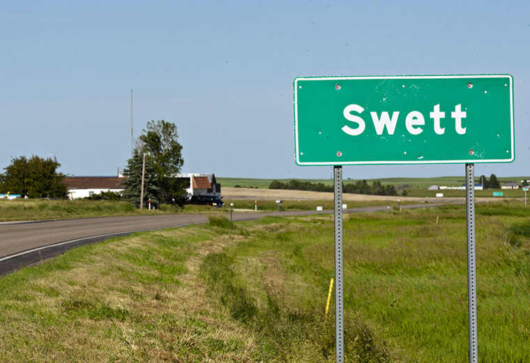 A highway marker announces the small town of Swett in southwestern South Dakota in 2014.
