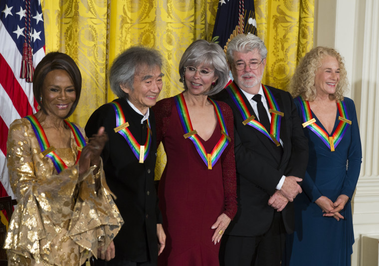 Image: Obama Fetes Kennedy Center Honorees