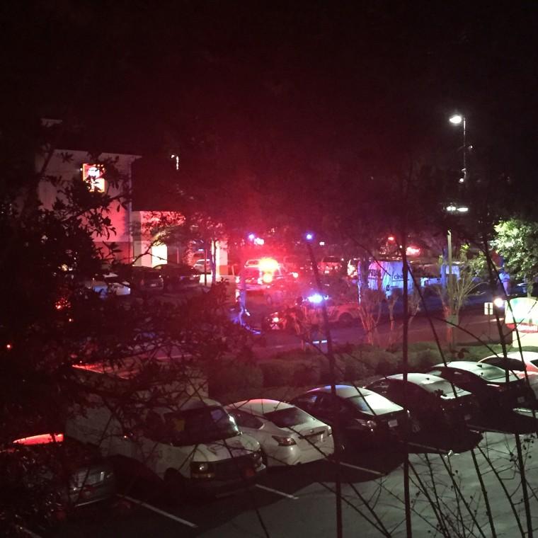 Image: Police Fatally Shoot Man After Gunfire at Tallahassee Restaurant