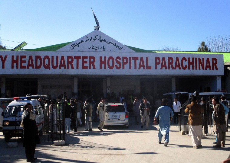 Image: PAKISTAN-UNREST-MARKET-BOMBING