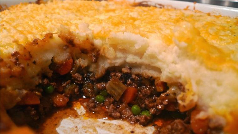Siri Pinter's cheesy shepherd's pie recipe