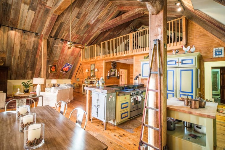 Country home that looks like a barn hits the market in South Carolina.