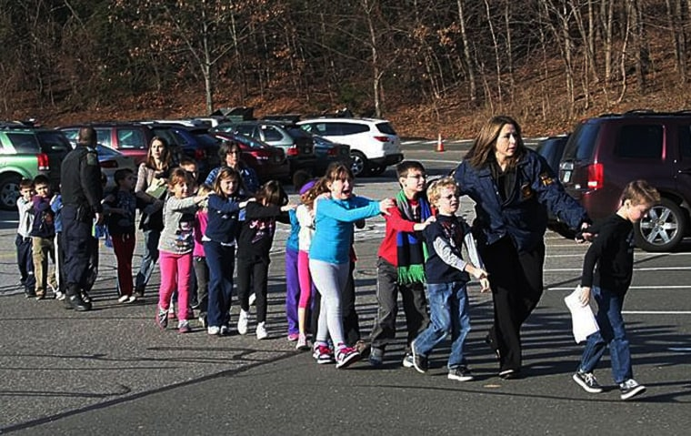 Image: Multiple deaths reported in US elementary school shooting
