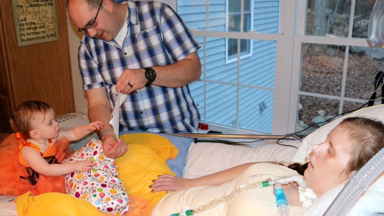 Amanda Bernier battled ALS to breastfeed her daughter