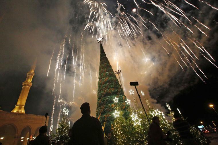 Image: TOPSHOT-LEBANON-CHRISTMAS-CHRISTIANS