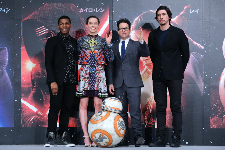 'Star Wars: The Force Awakens' Smashes Christmas Box Office Record