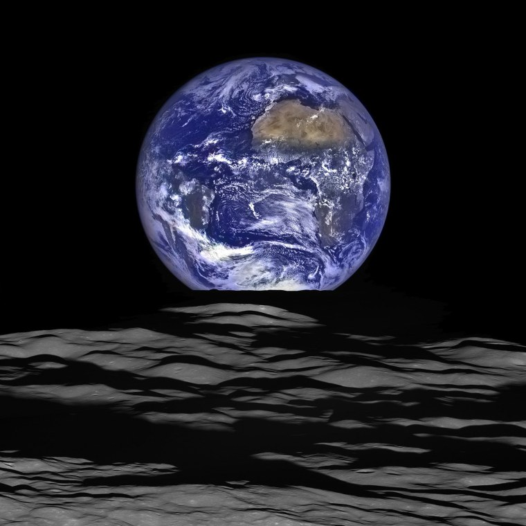 Image: SPACE-EARTH-LUNAR