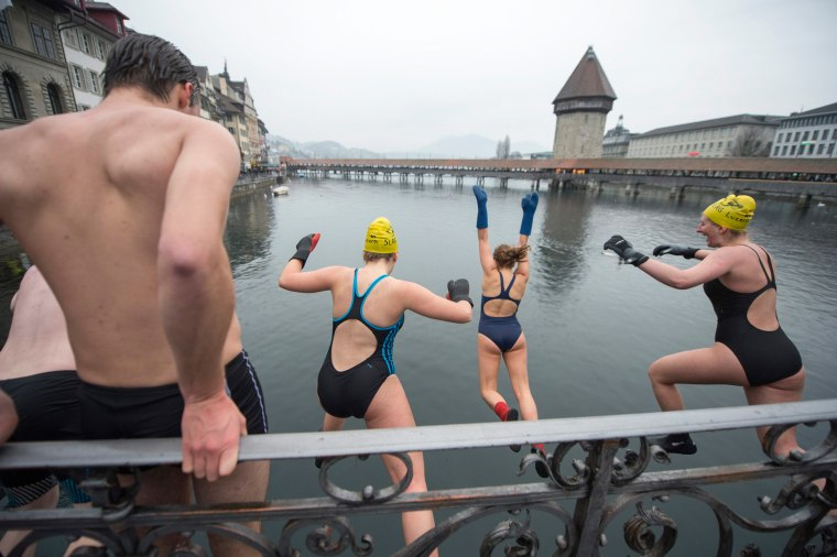 Image: New Year's Eve swimming in Lucerne