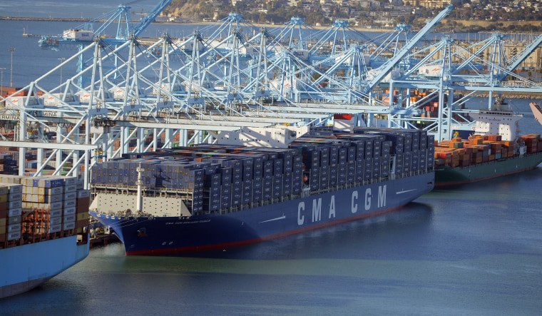 Image: The largest container ship to ever make port in North America unloads