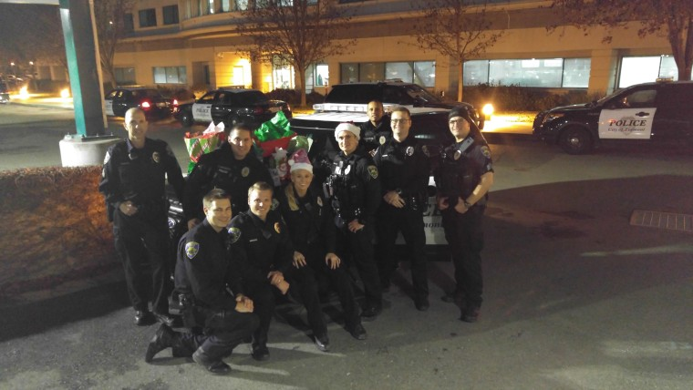 police in fremont california bought replacement christmas presents for the szeto family after their - Christmas Gifts For Police Officers