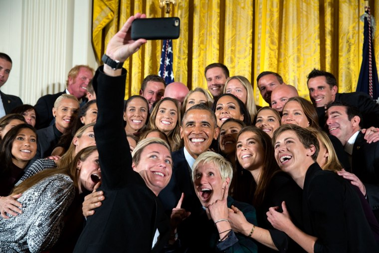Barack Obama takes a selfie with the U.S. women's national soccer team