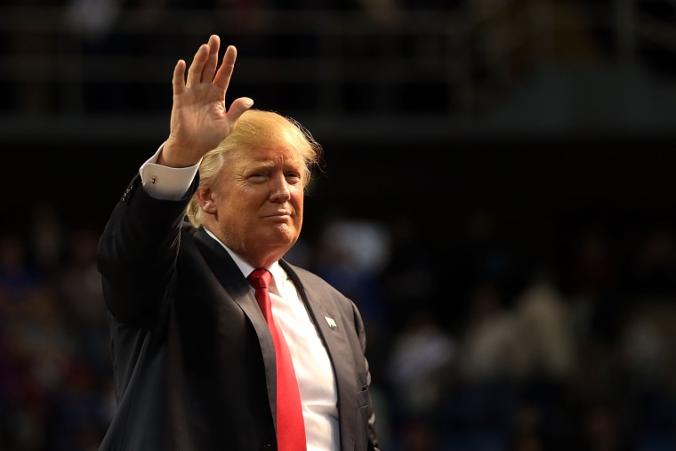 Image: Donald Trump Holds Rally In Biloxi, Mississippi