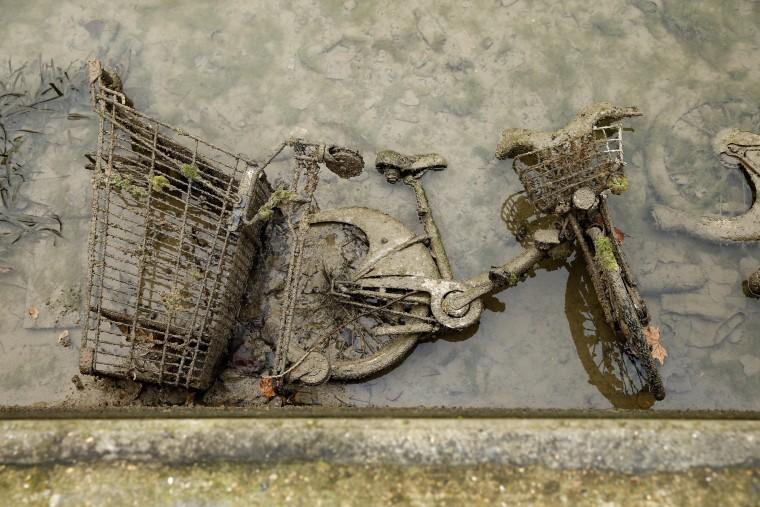 Image: Canal Saint-Martin maintenance in Paris