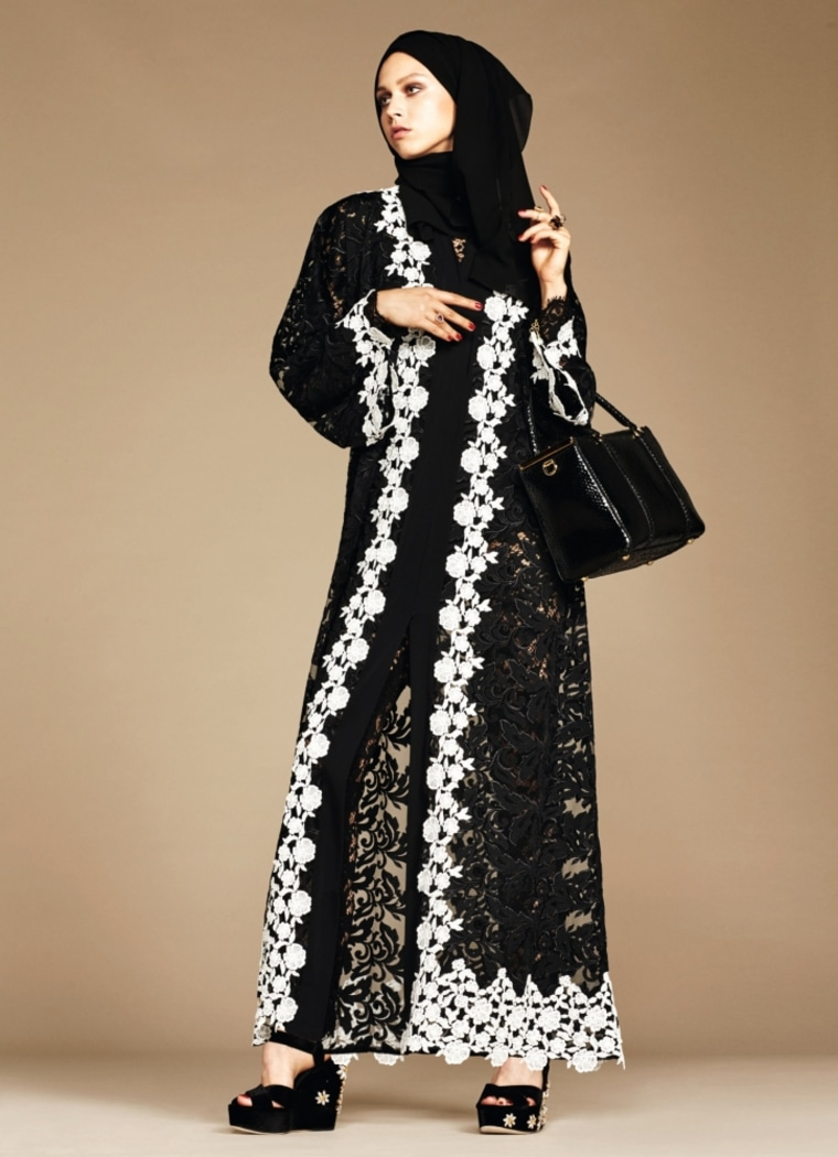 Dolce & Gabbana will debut a new collection comprised of hijabs and abayas, 2016.
