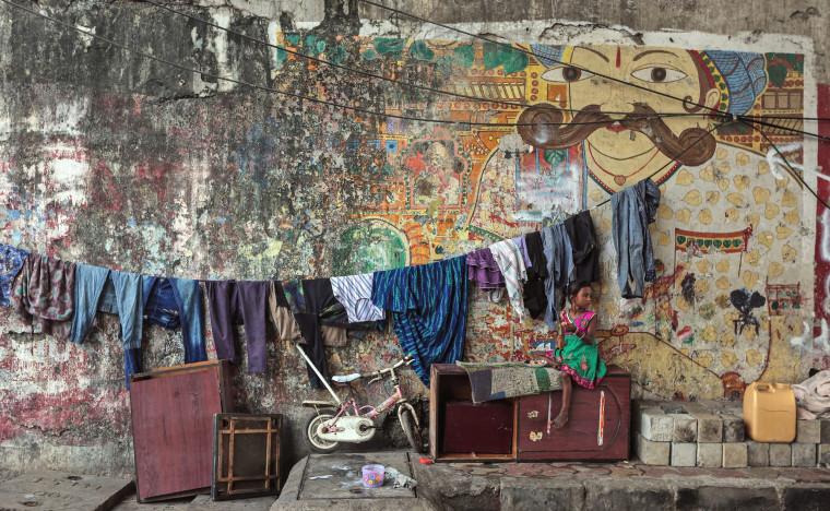Image: Homeless girl in Mumbai