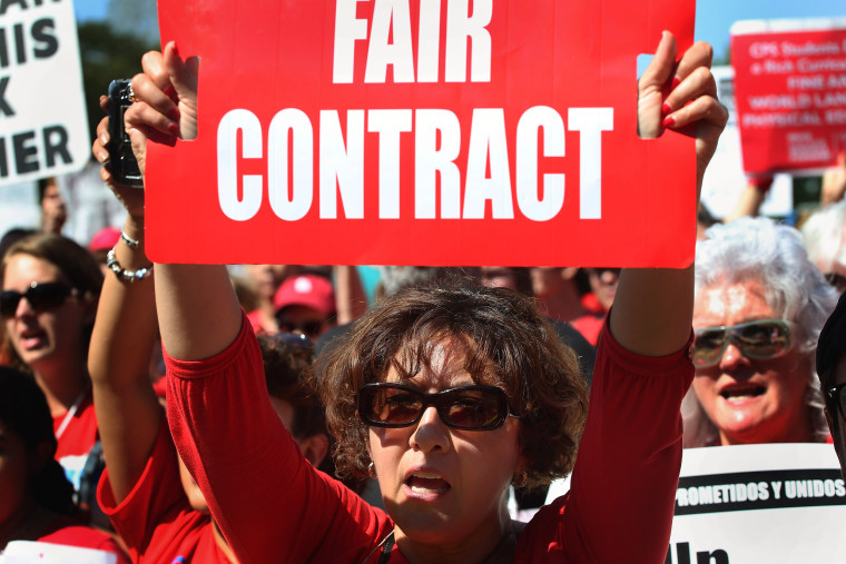 Image: Chicago Teachers Union Holds Rally After Week of Striking