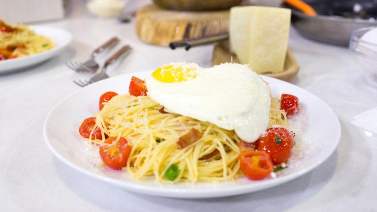 Brandi Milloy's recipe for spaghetti carbonara with fried egg