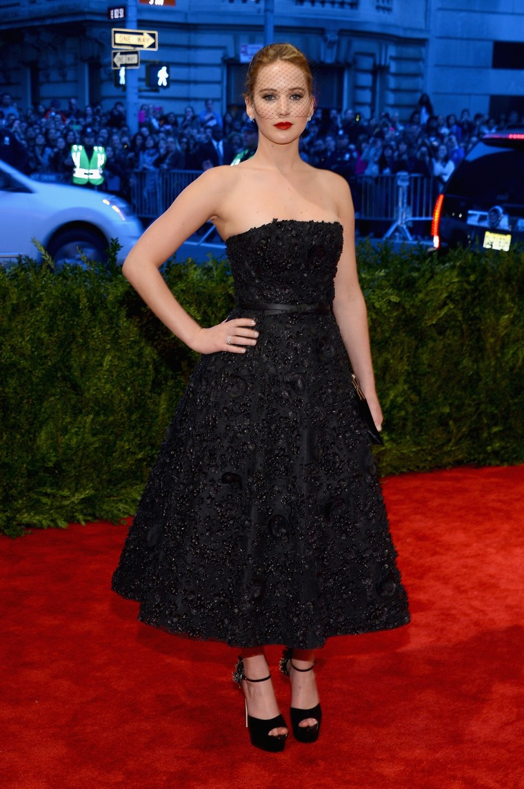 ""\""""PUNK: Chaos To Couture"""" Costume Institute Gala""760|1144|?|en|2|a957fd1c56c86f32bc55eb2b8ecaaa4f|False|NSFW|0.2941000759601593