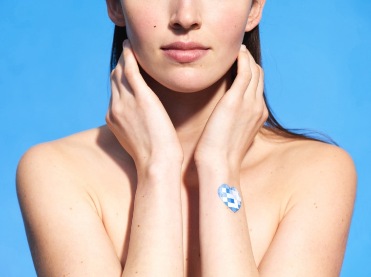 L'Oreal's My UV Patch is a wearable skin sensor that will tell you when you're getting too much sun
