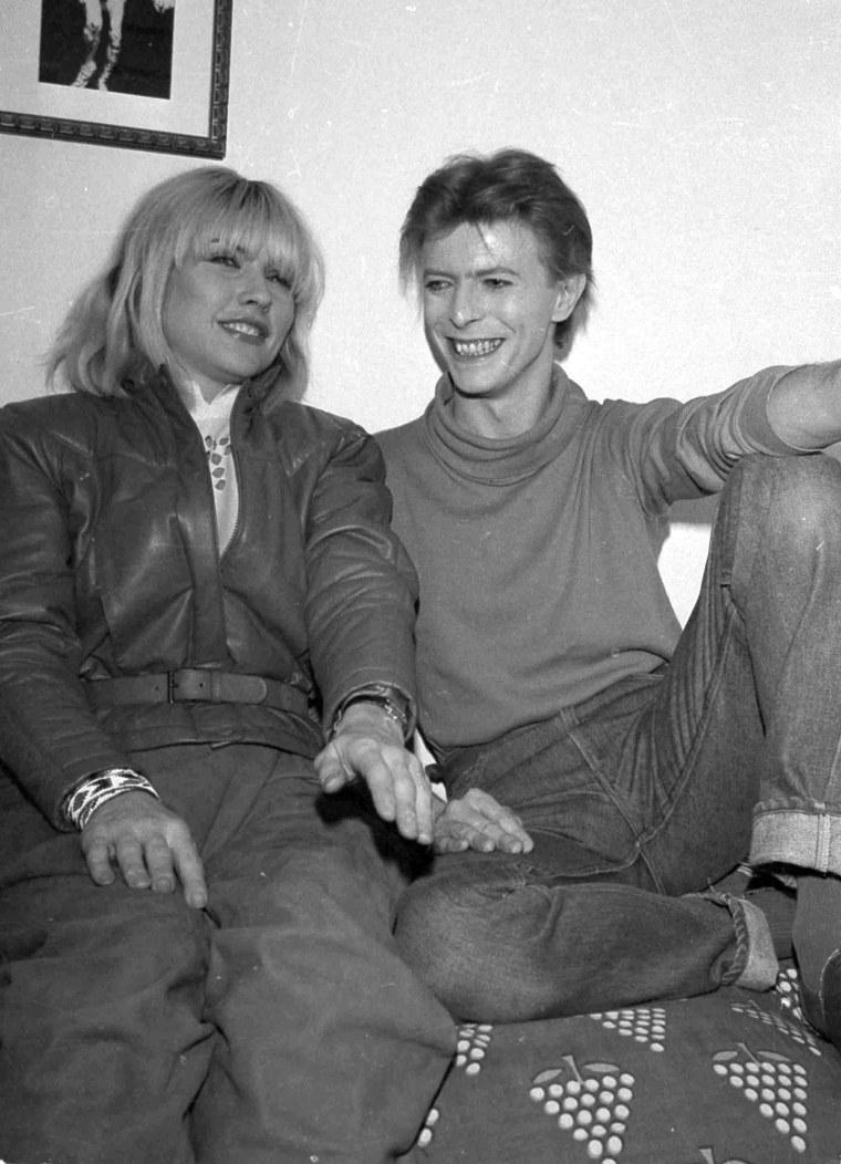 Image: Deborah Harry of the rock band Blondie visits David Bowie in Nov. 1980