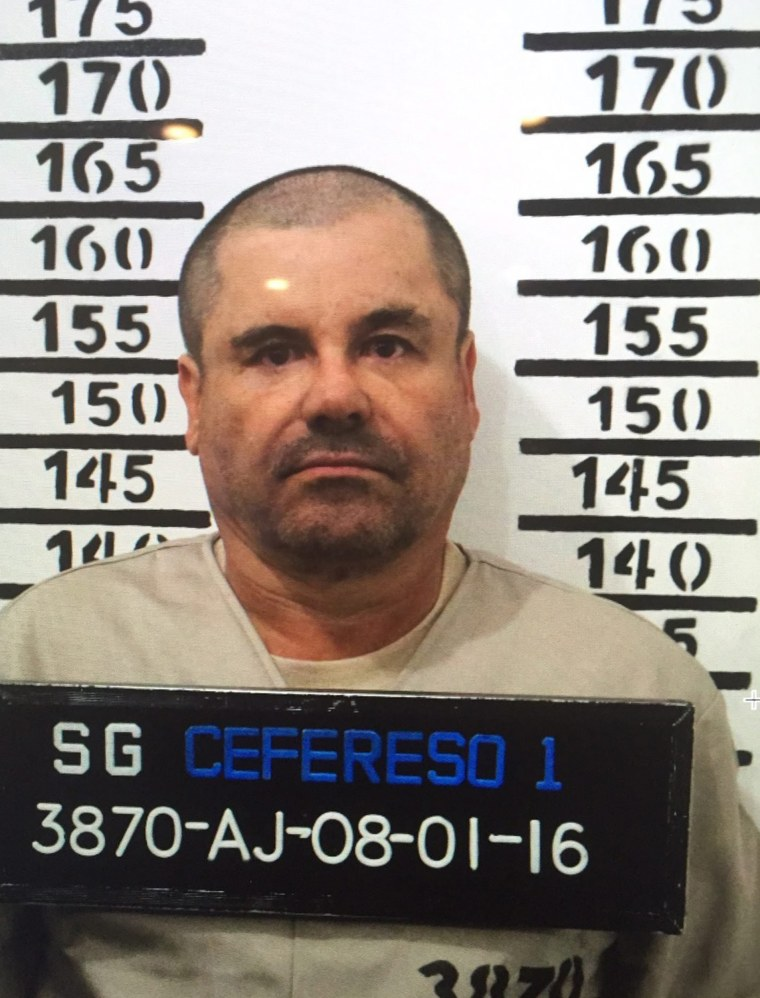 Image: El Chapo Guzman booking photo