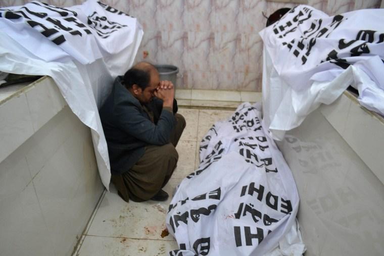Image: TOPSHOT-PAKISTAN-UNREST-BLAST