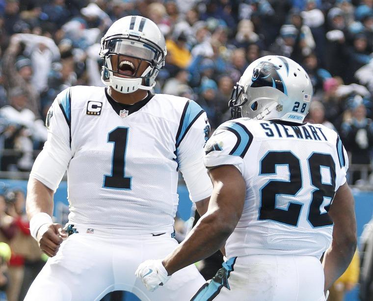 Image: Carolina Panthers running back Jonathan Stewart (28) celebrates his touchdown