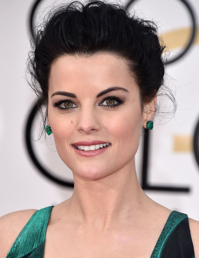 Jaimie-Alexander-golden-globes-today-160112