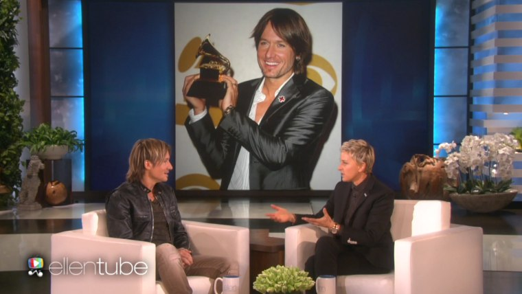 Keith Urban is one proud son to his late father, as he told Ellen DeGeneres.