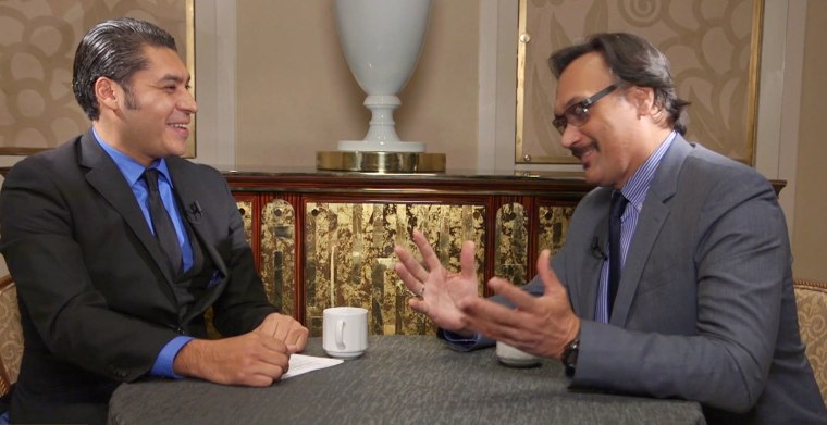 Actor Jimmy Smits sits down for a Cafecito with Feliciano Garcia.