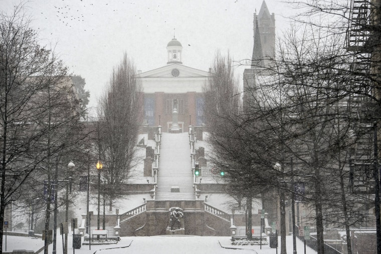 Image: Snow falls at Monument Terrace in Lynchburg, Va.