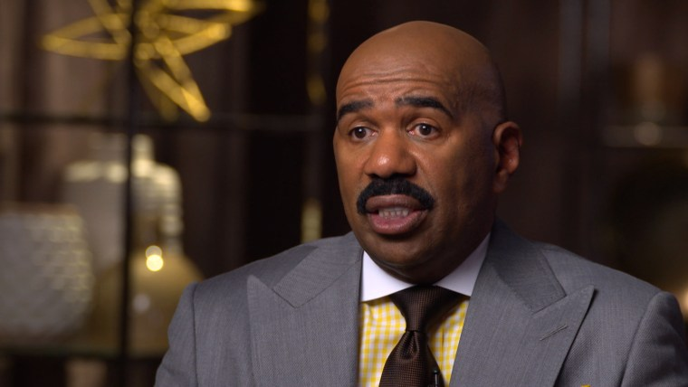 Steve Harvey responds to his Miss Universe mistake.