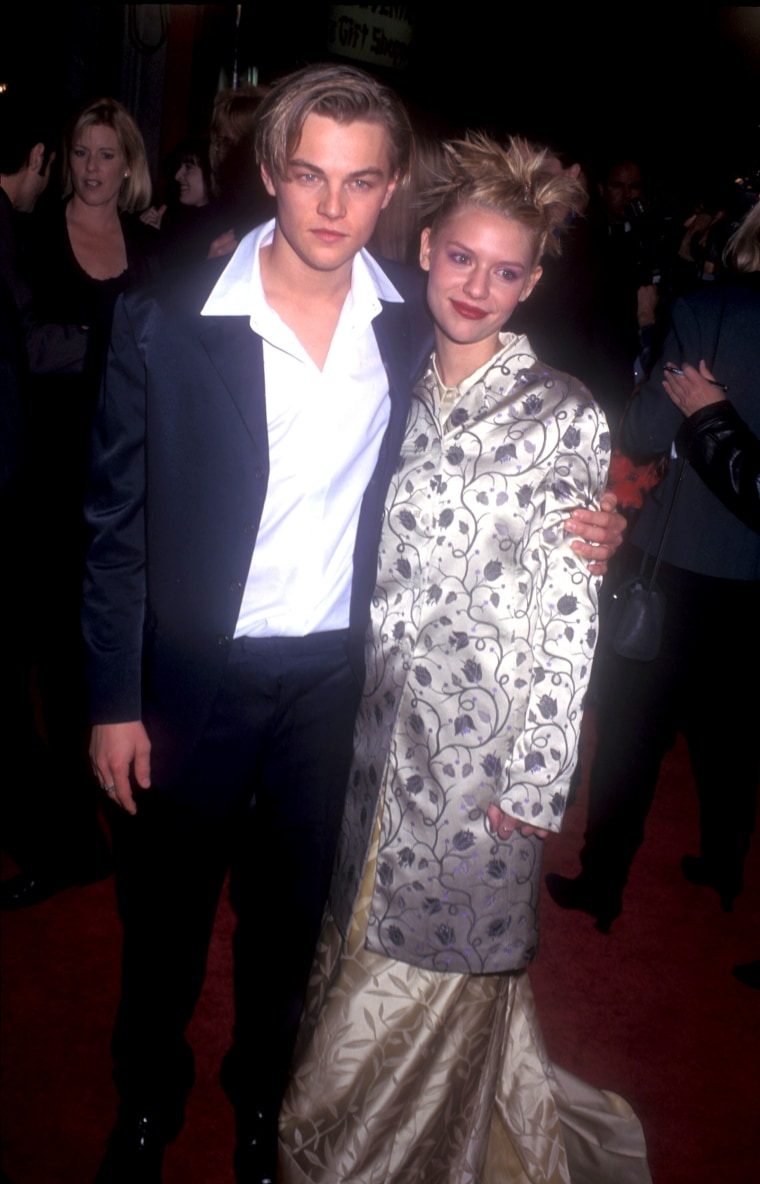 ""\""""Romeo and Juliet"""" Premiere""760|1184|?|en|2|6e538878225585110af30989f131d92b|False|UNLIKELY|0.3054511845111847