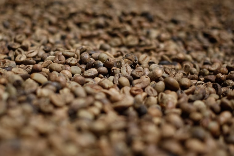 Image: INDONESIA-AGRICULTURE-COFFEE