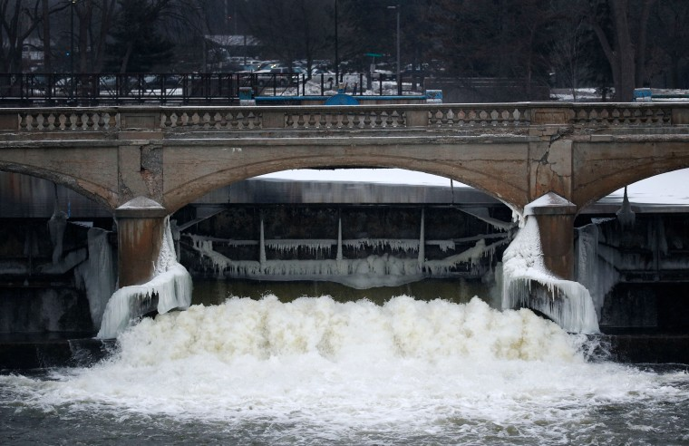 Image: Flint River near downtown Flint